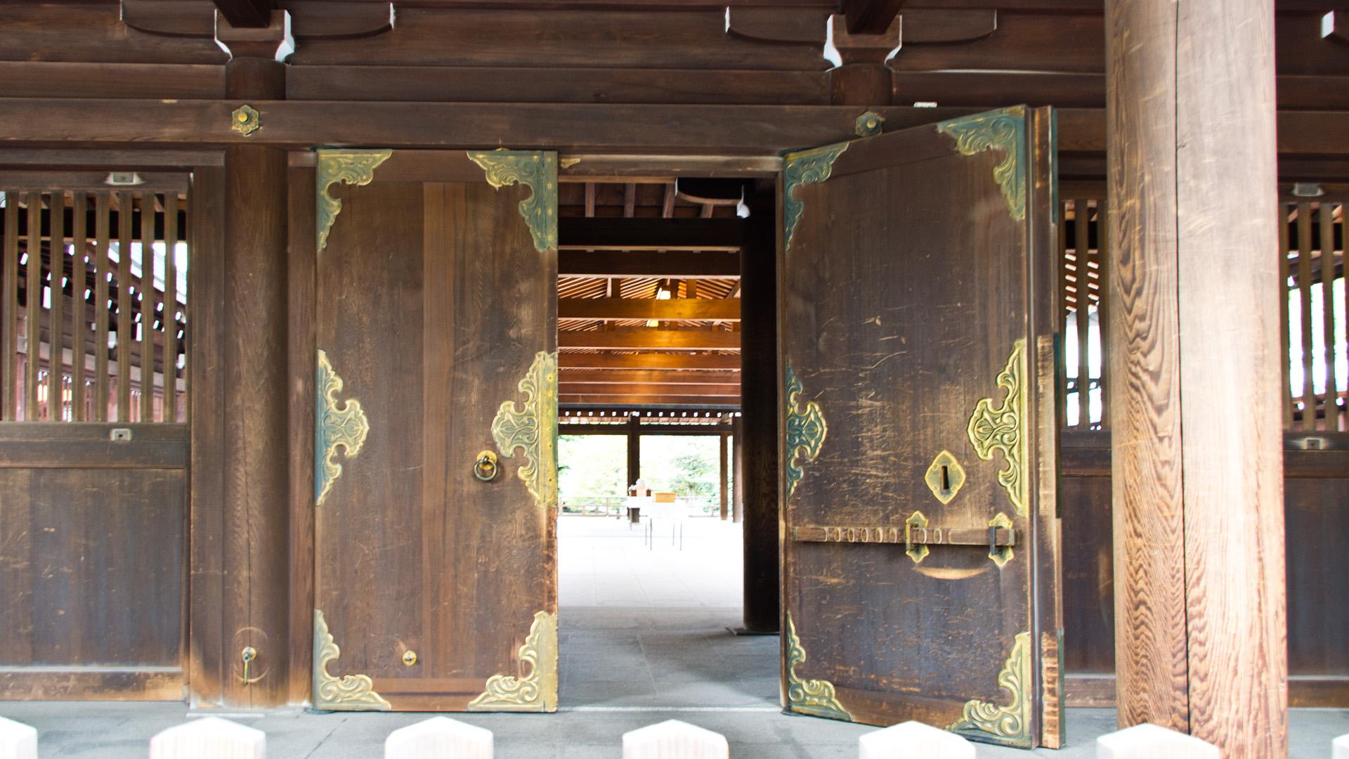 明治神宮本殿の扉