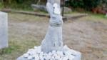 白兎の石像